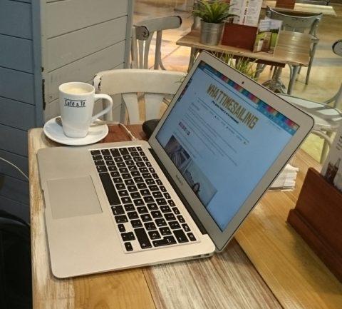 Abierto en vacaciones WordPress y PrestaShop